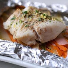 Рыба, запеченная в цукини – кулинарный рецепт