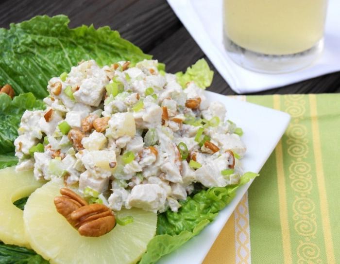 рецепт салата с ананасом грецкими орехами и курицей и сыром