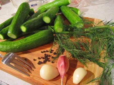 рецепты солений и салатов из огурцов на зиму