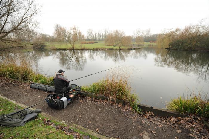 прикормка рыбы на реке