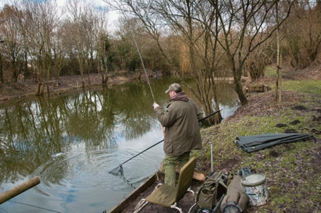 ловля весной на канале