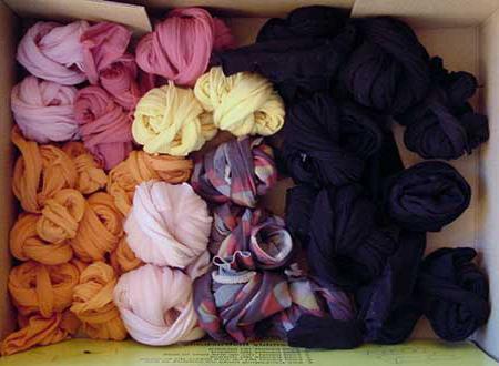 вязание из старых колготок