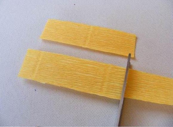 Нарциссы из гофрированной бумаги своими руками: мастер-класс
