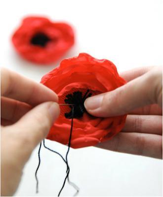 цветы из ткани своими руками мастер класс фото