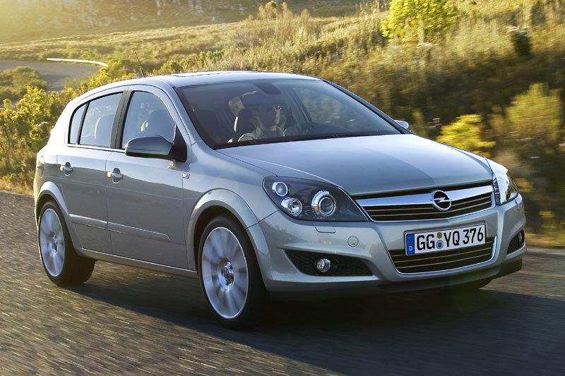 авто Opel Astra