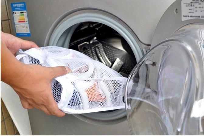 Как постирать кроссовки в стиральной