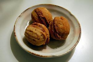 как делать орешки со сгущенкой