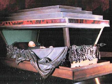 мавзолей ленина цена