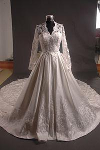 Свадебные платьица Кейт Миддлтон — какие они?