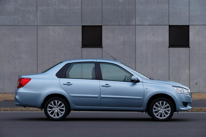Авто японские до триста тыщ рублей. Наилучшие авто до триста тыщ рублей