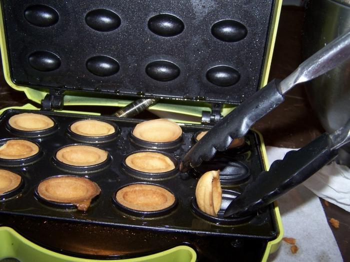 форма для выпечки орешковм