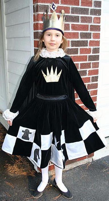 75Костюм шахматной королевы для девочки