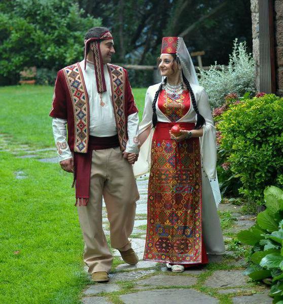 армянские обычаи знакомство с родителями