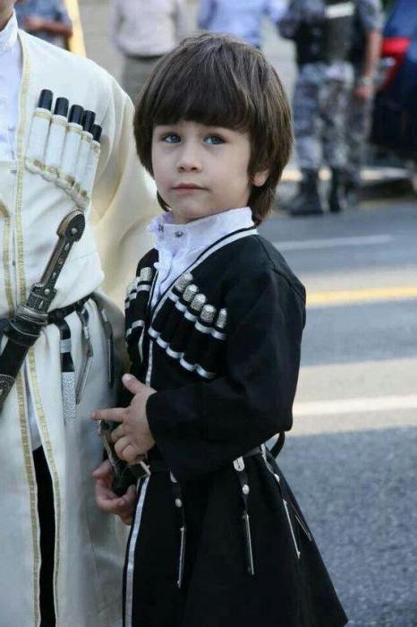костюм чеченского народа