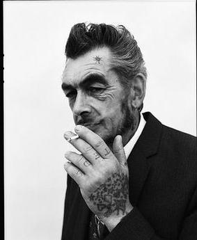 Татуировки-надписи на руках. Цена