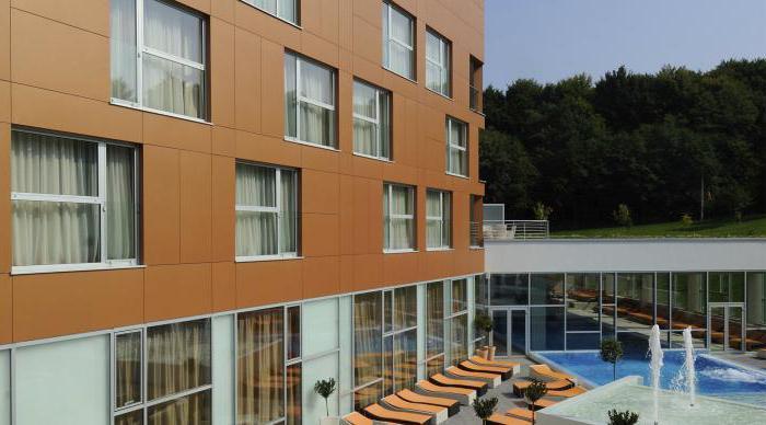 как отделать фасад дома дешево