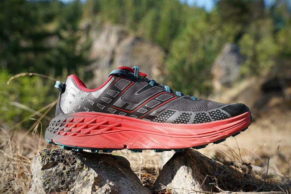 professional men's running shoes