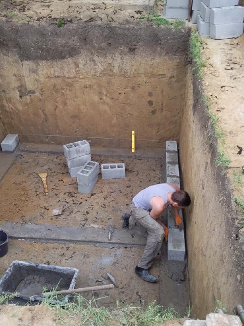 Сделать погреб на даче