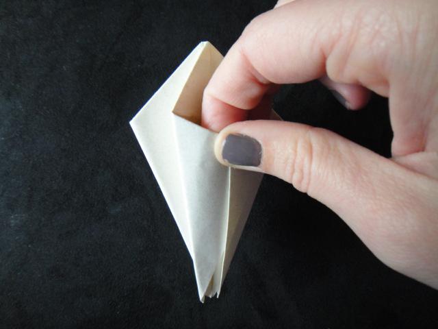 тюльпан из бумаги схема