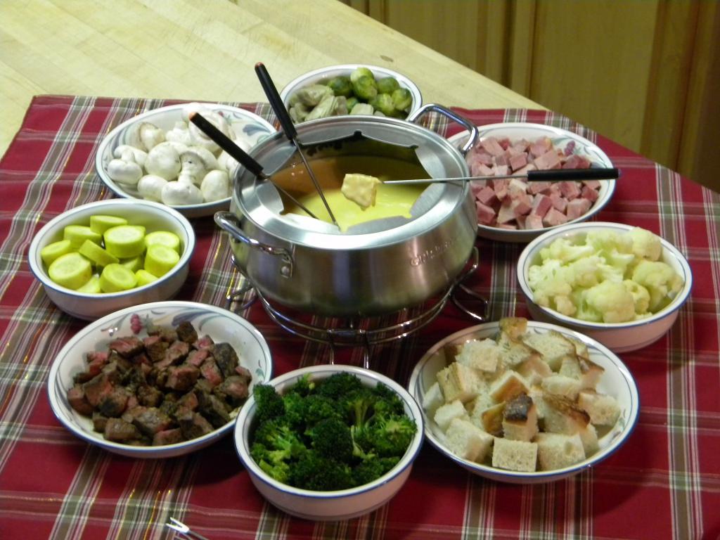 Как приготовить фондю с сыром в домашних условиях 726