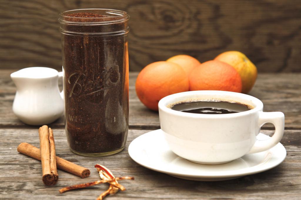 We make coffee with orange and cinnamon.