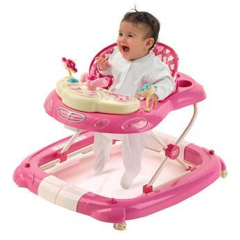Когда (со скольки месяцев) можно сажать ребёнка в ходунки