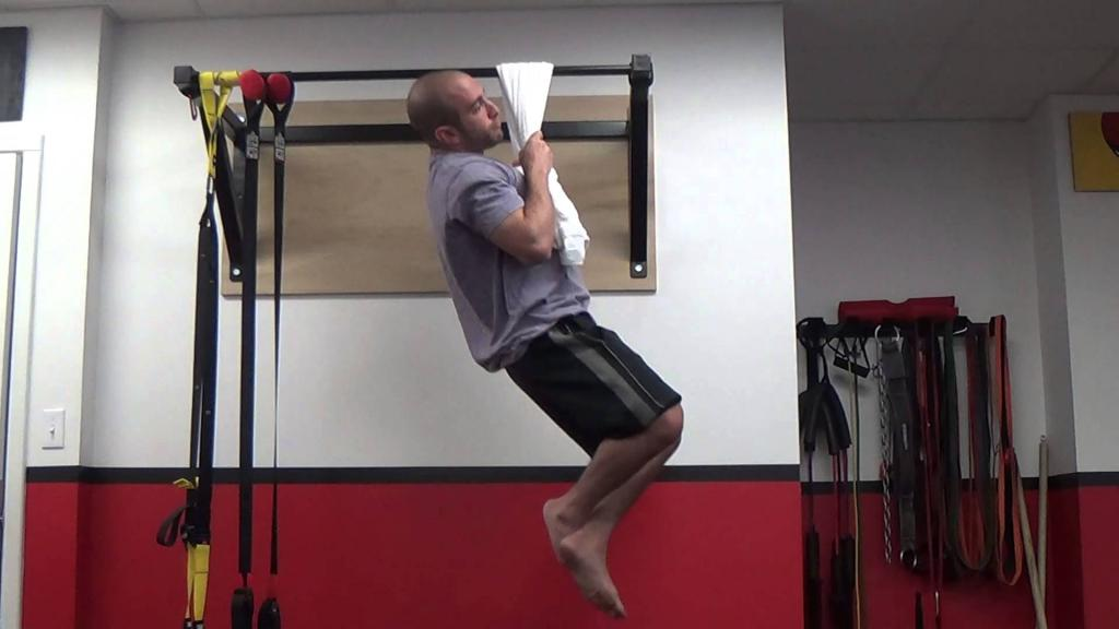pull-ups on a towel