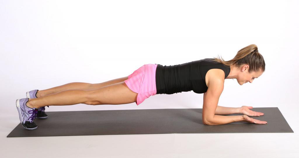 Женский пресс: эффективные упражнения для дома и тренажерного зала