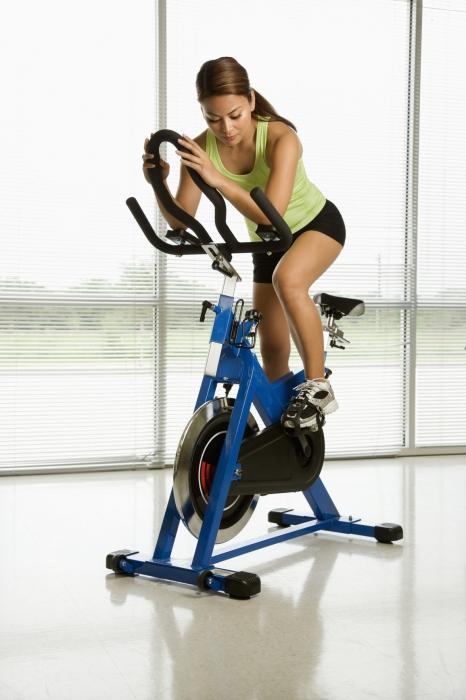 Базовые упражнения для девушек