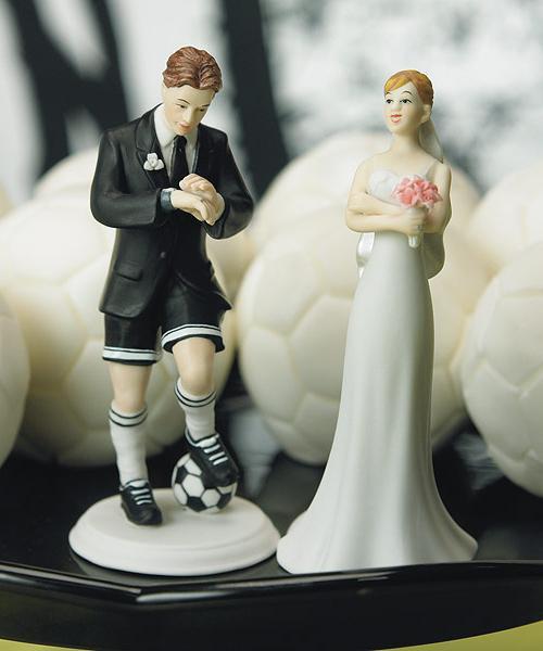 Свадебная фигурка на торт: стильный аксессуар