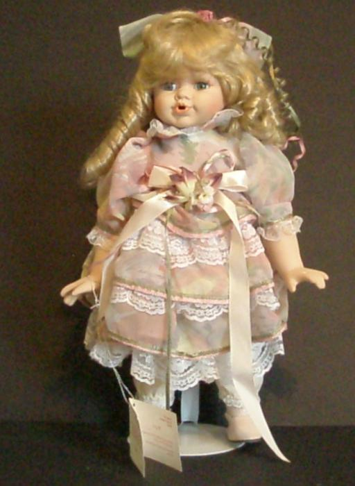 Фарфоровая кукла: от прошлого до современности