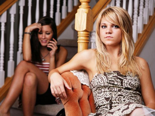 как перестать общаться с другом