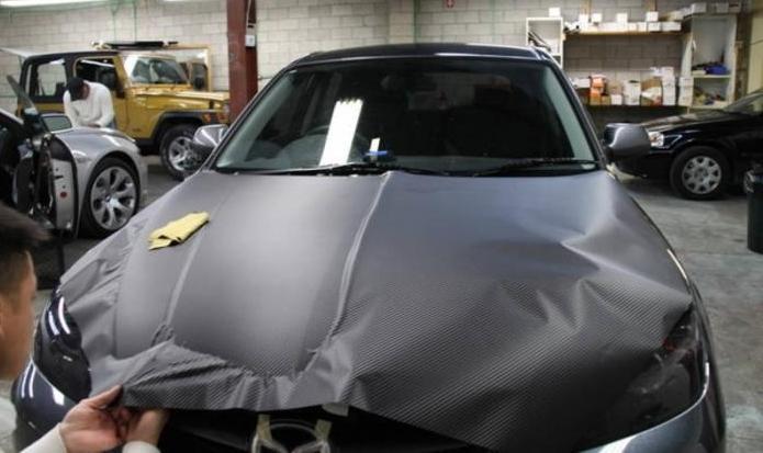 Как обклеить крышу машины пленкой самому видео