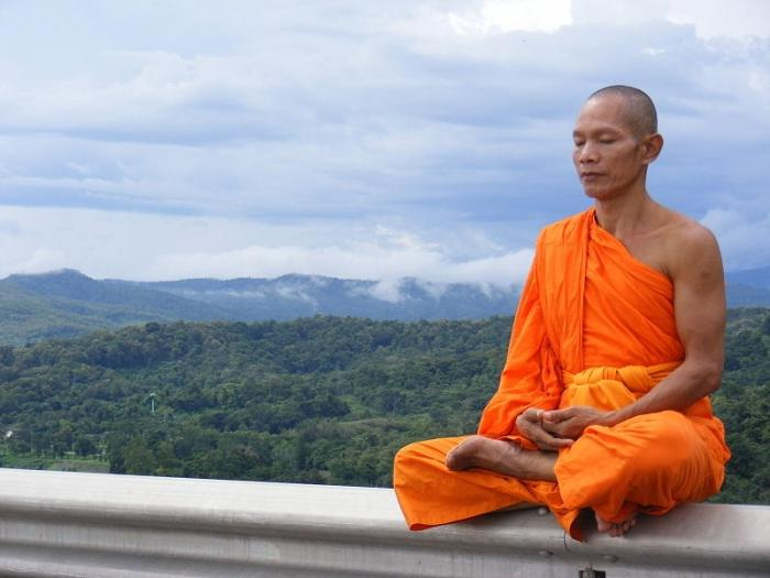 a history of buddism yoga