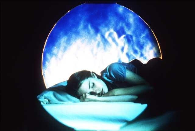 почему снится один и тот же знакомый человек