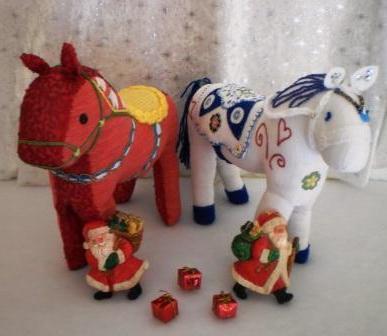 Новогодняя поделка — лошадь. Своими руками изготавливаем подарки…