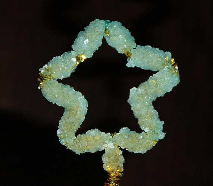 солевые кристаллы
