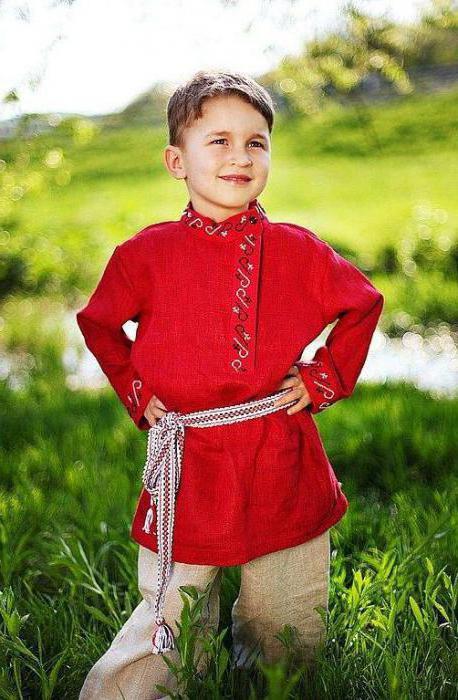 просторная русская рубаха