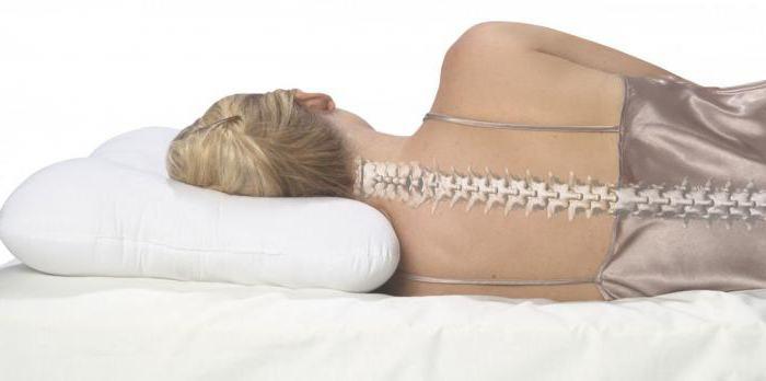 полезно ли спать без подушки для позвоночника