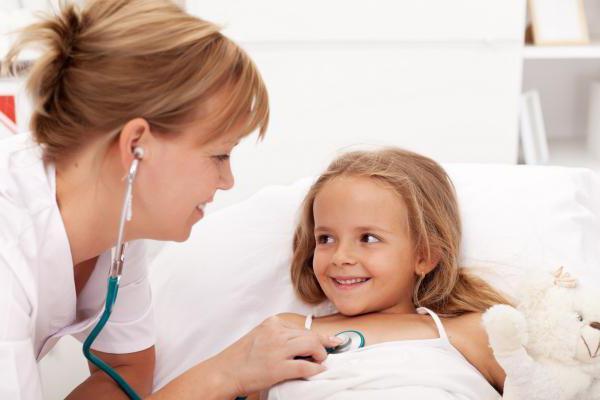 детские лекарства при простуде и температуре