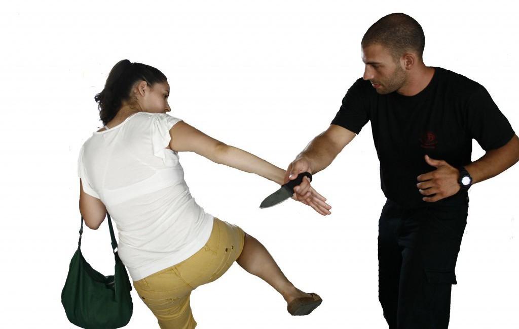 Картинки по самообороне для женщин