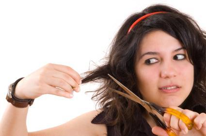 Сонник подстричь волосы себе