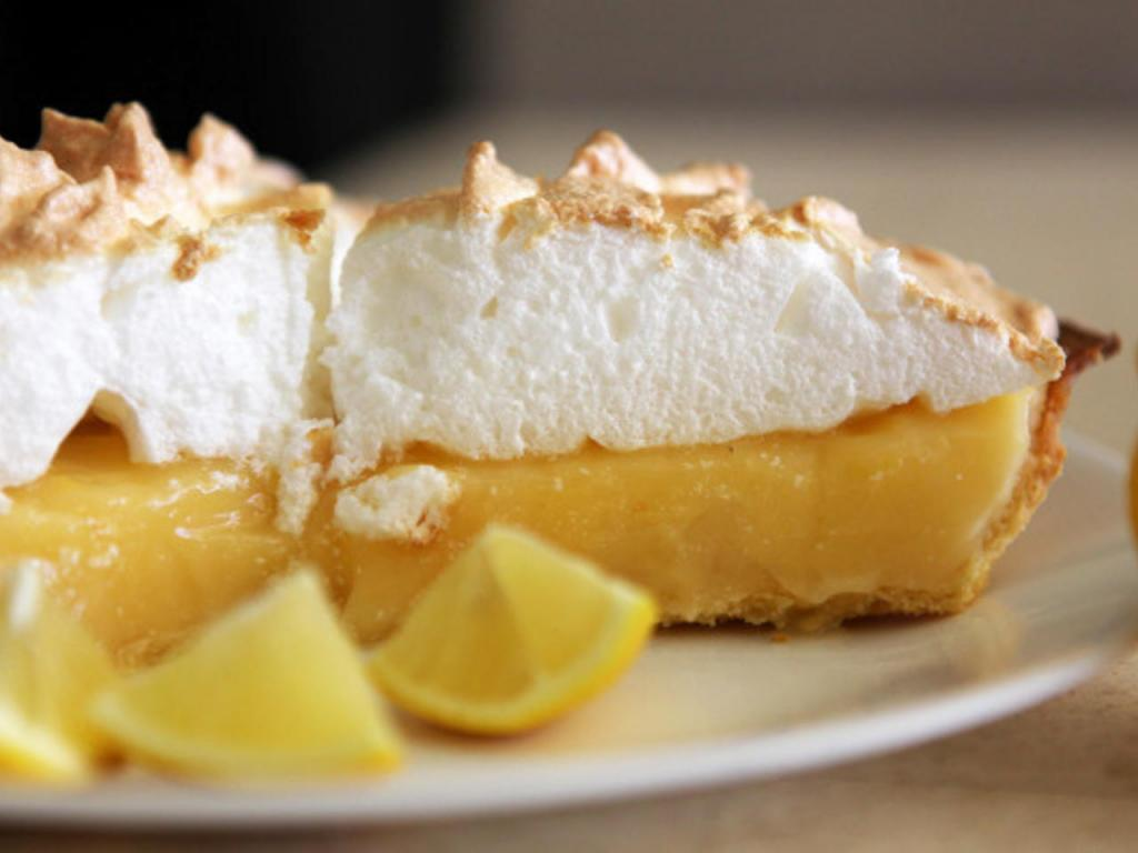 lemon cake with meringue