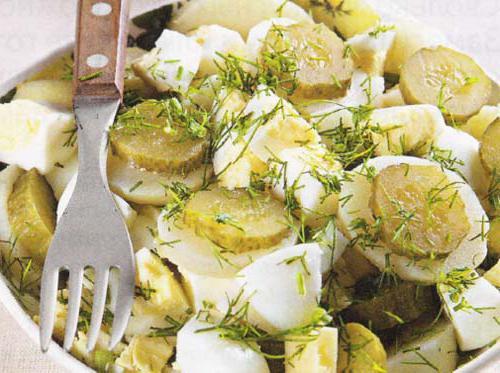 печеночный салат с солеными огурцами