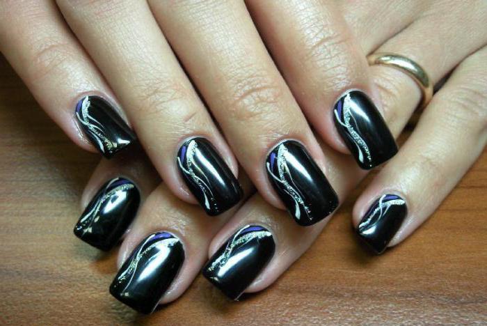 дизайн ногтей черный с золотом