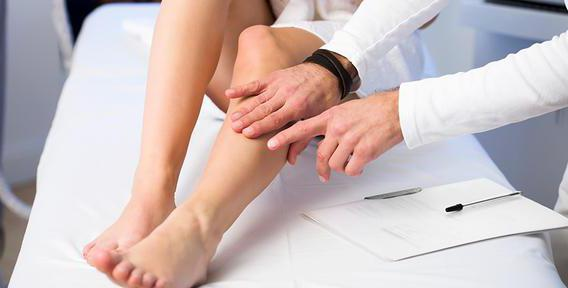 Как вылечить вены на ногах народными средствами