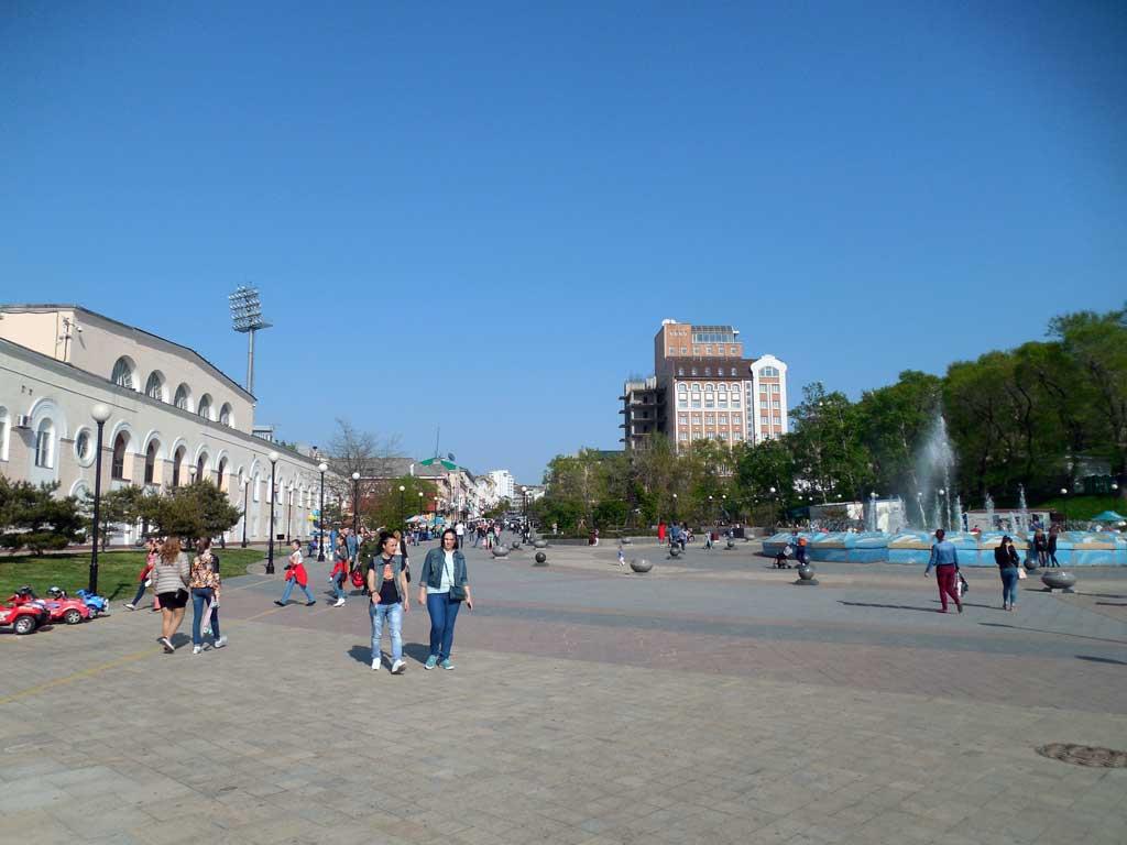 Визитная карточка города - спортивная набережная Владивостока
