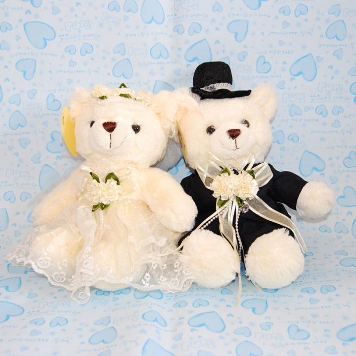 Как сделать оригинальные подарки на свадьбу своими руками