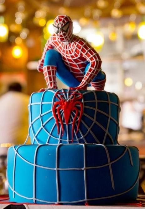Торт из мастики человек паук