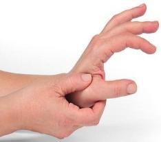 Почему непроизвольно трясется рука?